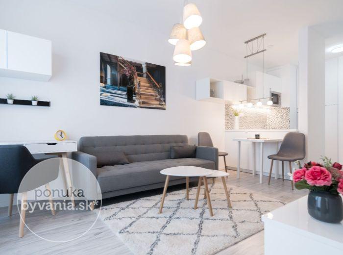 PRENAJATÉ - ZUZANY CHALUPOVEJ, 2-i byt, 40 m2 – novostavba, garáž, veľká loggia, ELEGANTNE a ŠTÝLOVO zariadený