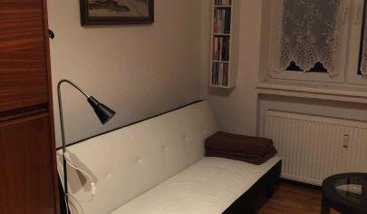 Ponúkame Vám na predaj 1 izbový byt v Ivanke pri Dunaji-Farná, ulica Dobšínskeho