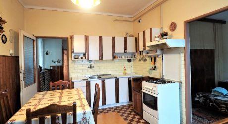 Na predaj rodinný dom 4+1, záhrada, 3.326 m2, Beluša
