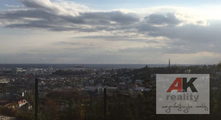 Pozemok pre RD, bytovú výstavbu, Bratislava, Nové Mesto, Lopúchová