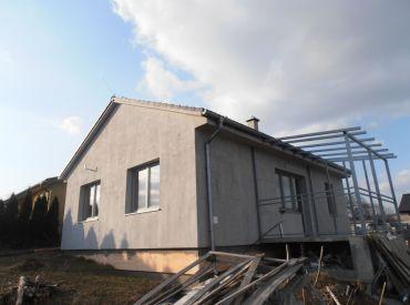 Ekologická nízkoenergetická novostavba, 4-izbový bungalov, TEPLIČKY (Hlohovec)