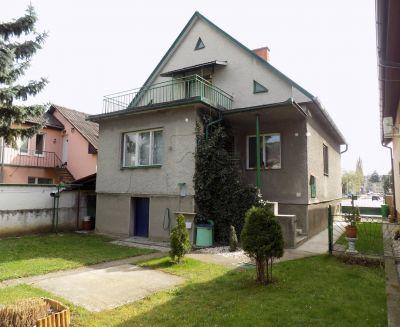 Na predaj 5 izbový rodinný dom 682 m2 Bojnice 19005 bvreal.sk