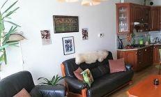 Pekný 2-izb. byt- so zariadením-možnosť dokúpenia státia,na Matejkovej ulici