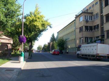2-i byt 65 m2 LOGGIA, pôvodný stav,centrum TOP lokalita