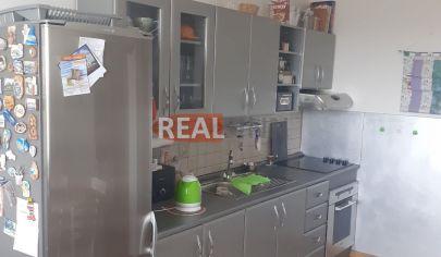 REALFINN  NOVÉ ZÁMKY Rezervované - 3 izbový byt na predaj po kompletnej rekonštrukcii