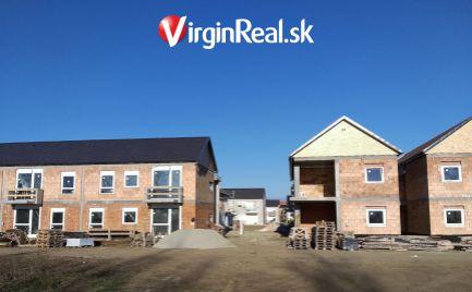 Predáme dokončenú novostavbu 3-izbového bytu s predzáhradkou a terasou za vynikajúcu cenu s bonusom.