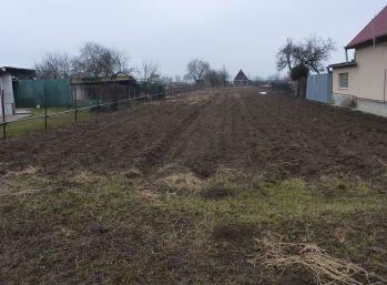 stavebný pozemok v tichej lokalite obce Zemplínsky Branč
