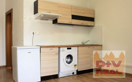 Prenájom: 1 izbový apartmán, Michalská ulica, Bratislava I, Staré mesto, zariadený, po rekonštrukcii