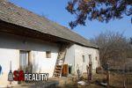 Ponúkame Vám na predaj rodinný dom vhodný na trvalé bývanie, alebo na rekreačné účely v obci Beša.
