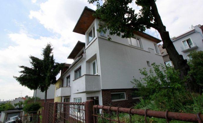 Rodinný dom pod Kolibou – Tupého ulica