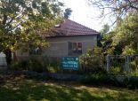 VEĽKÝ MEDER, ČIČOV - NOVÁ CENA! NA PREDAJ 2 izbový dom + príslušenstvo v pôvodnom stave s veľkou záhradou v blízkosti VEĽKÉHO MEDERA