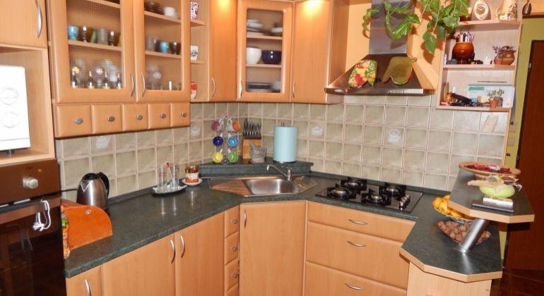 Na predaj 3 izbový byt, 70 m2, Prievidza, Zápotôčky