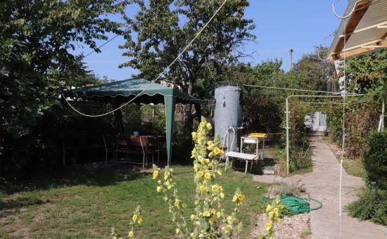 Predaj malý domček s pekným pozemkom blízko pri Bratislave, Miloslavov