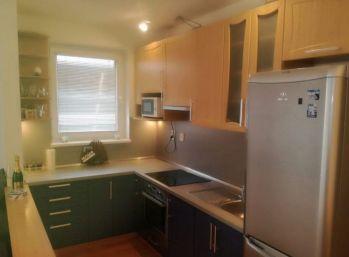 Klimatizovaný 2 izbový byt v Senci
