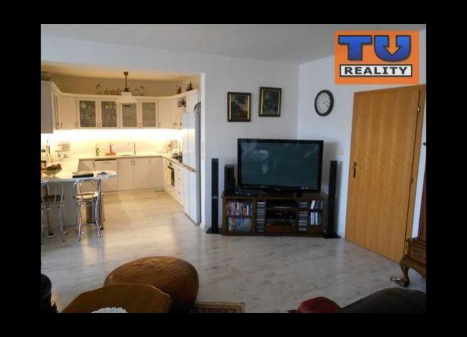 5 a viac izbový byt - Piešťany - Fotografia 1