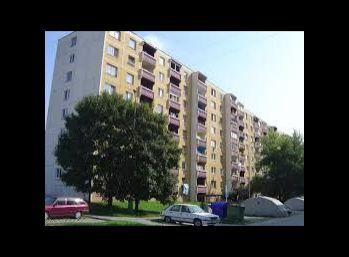 3-i byt, 72 m2,super lacný byt, pôvodný stav