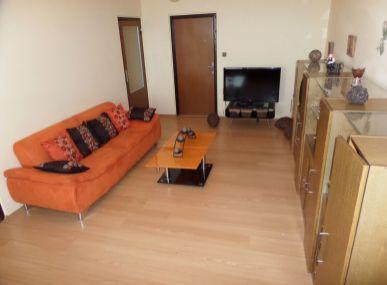 EXKLUZÍVNE LEN MAXFIN REAL-Vám ponúka na predaj 3.izbový byt,zo šatníkom a komorou -Senica- ul.Gen.Svobodu