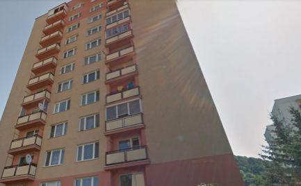 Byt 1 izbový 41 m2, s lodžiou, typ U, Radvaň  B. Bystrica – Kompletná rekonštrukcia - cena 71 000 Eur