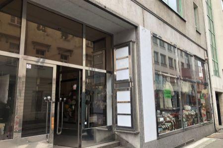 IMPEREAL - prenájom, obchodný priestor 79 m2 s výkladom v centre mesta, Bratislava I.,