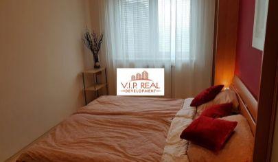 Krásny 2-izbový byt s balkónom na začiatku Petržalky