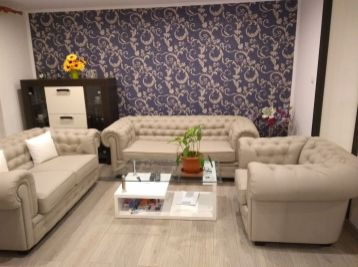 Moderne zrekonštruovaný 2 izbový byt v centre Lučenca.