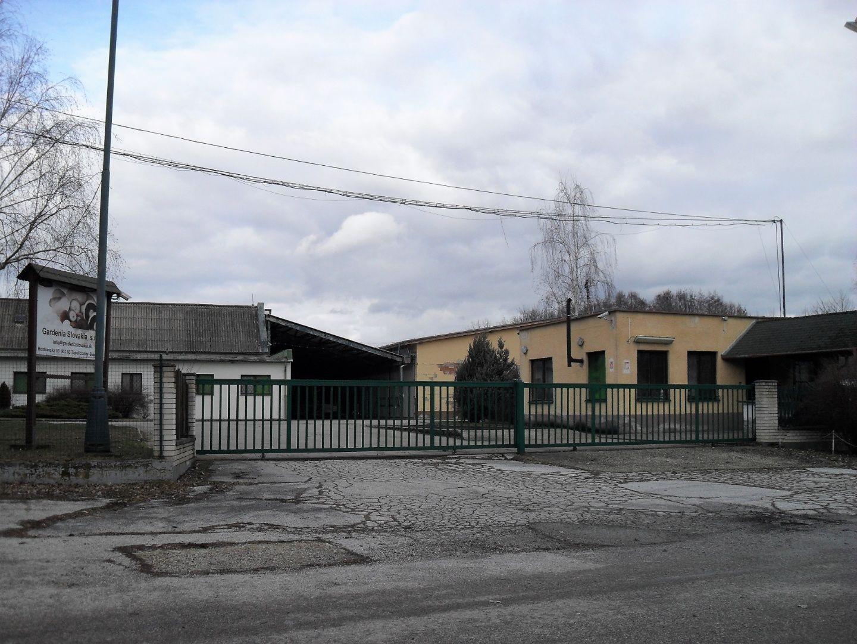 Priemyselný objekt-Predaj-Zlaté Moravce-1500000.00 €