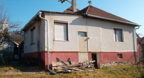 Rodinný dom blízko Štúrova
