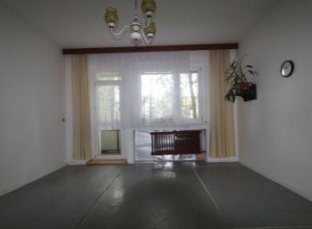 Mierová kolónia - 3 izb byt o výmere  70 m2