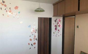 VÝRAZNE ZNÍŽENÁ CENA - 3-izbový byt v pôvodnom stave vo veľmi dobrej lokalite - Topoľčany