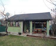 Na predaj murovaná chata so záhradou 231 m2 Prievidza 79021