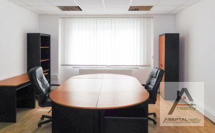 Kanceláre v jednopodlažnom dome s uzatvoreným areálom  - Ružinov - prenájom