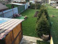 DOBRÁ CENA!! Priestranný 3.-izb. byt s lodžiou, garáž, 3x murovaná pivnica, záhradka cca 200 m2, Trnava časť Farárske