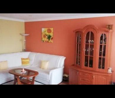 Ponúkame na predaj  priestranný, slnečný 3 izbový byt v Ilave.