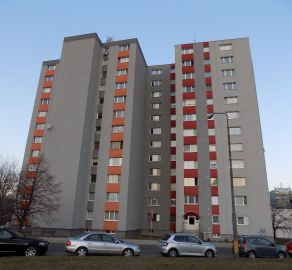 StarBrokers - PREDAJ 1-i bytu, 39 m2, Pod záhradami, Dúbravka, tichá lokalita uprostred zelene, s výhľadom na les, okamžite voľný