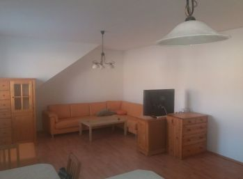 Klimatizovaný 2 izbový byt vo výbornej lokalite