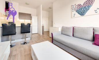 2 izbový byt, slnečný, pekný výhľad, kompletne zariadený, nízke mesačné náklady, výborná dostupnosť do mesta