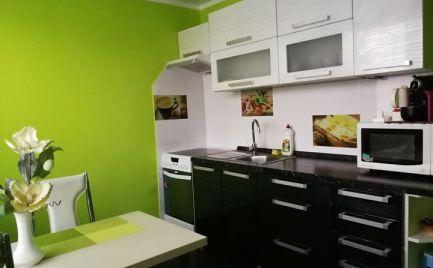 Prenájom  2. - izbový byt 56 m2, rekonštrukcia, balkón, garáž, zariadený v Martin - Priekopa