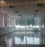 Ponúkame na prenájom nadštandardné obchodné priestory v centre mesta.