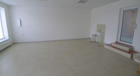 Prašice - priestor pre obchod alebo služby