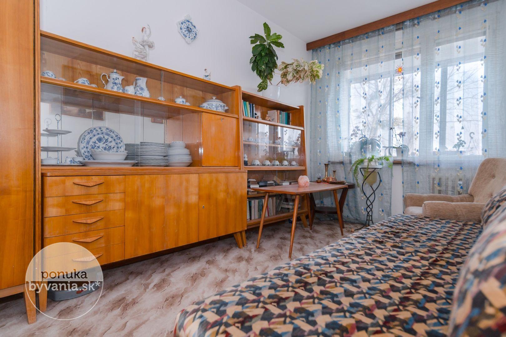 ponukabyvania.sk_Bujnákova_4-izbový-byt_archív