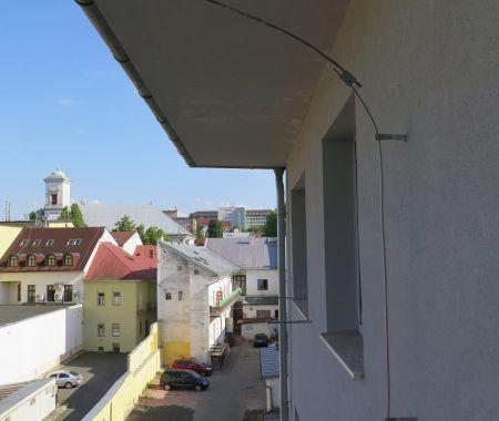 Garáž na prenájom , centrum, Poprad