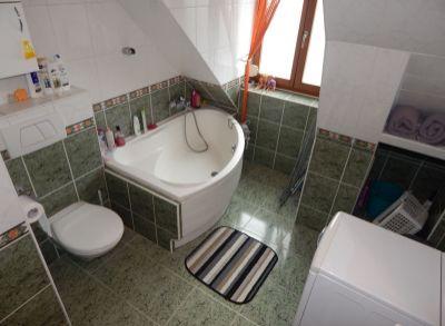 Ponúkame na predaj 5 izbový podkrovný mezonetový byt v blízkosti Apollo BC.
