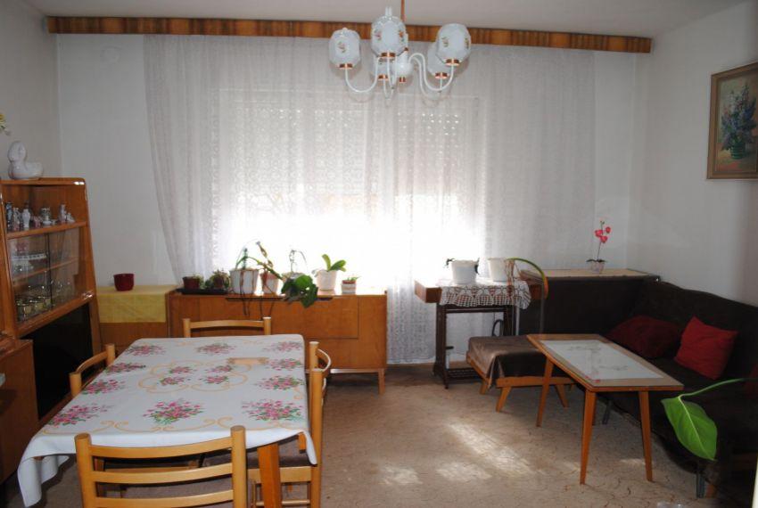Predaj Rodinné domy Štúrovo-2