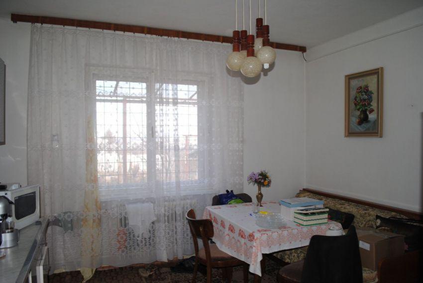 Predaj Rodinné domy Štúrovo-3