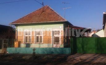 na predaj rodinný dom Jur nad Hronom