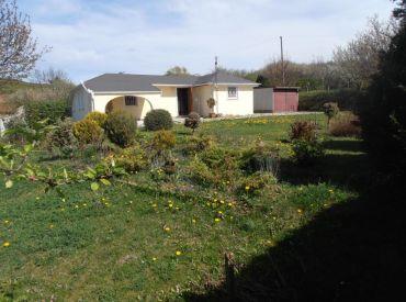 Rekreačný dom 3-izbový, garáž, záhrada, pozemok 1200 m2, VOZOKANY okr. TOPOĽČANY