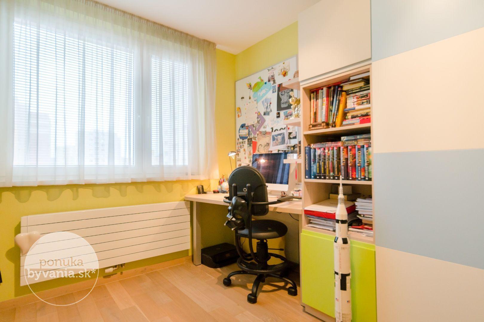 ponukabyvania.sk_Hrobákova_3-izbový-byt_archív
