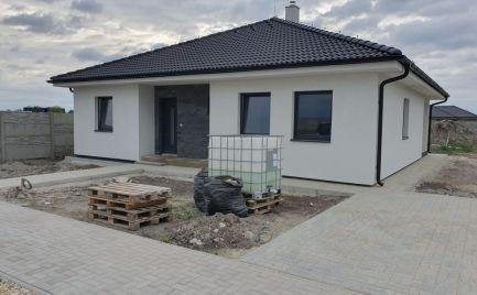 PRED DOKONČENÍM – komfortný 4 izb bungalov v Dunajskej Strede, časť Garden