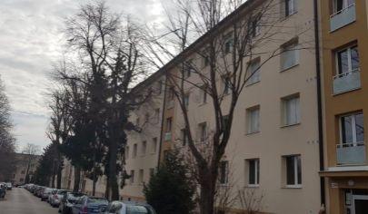 Predaj 3 izbového tehlového bytu v Ba II, Ružinov, ul. Uránová