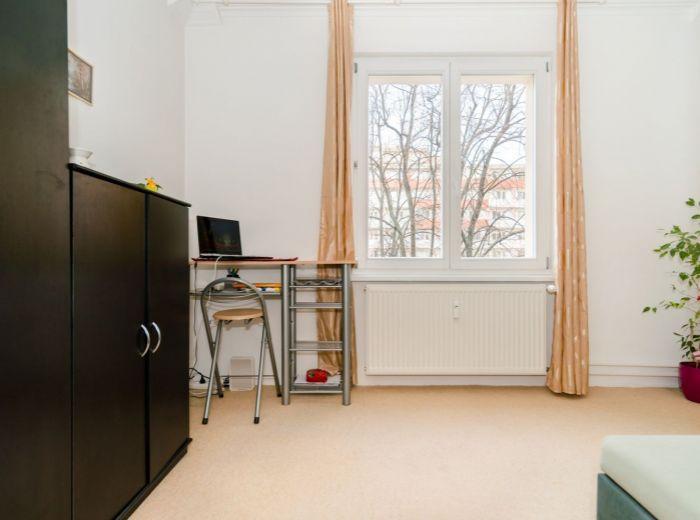 ČSL. PARAŠUTISTOV, 1-i byt, 18 m2 –REKONŠTRUKCIA domu v 2018, PIVNICA, nový výťah